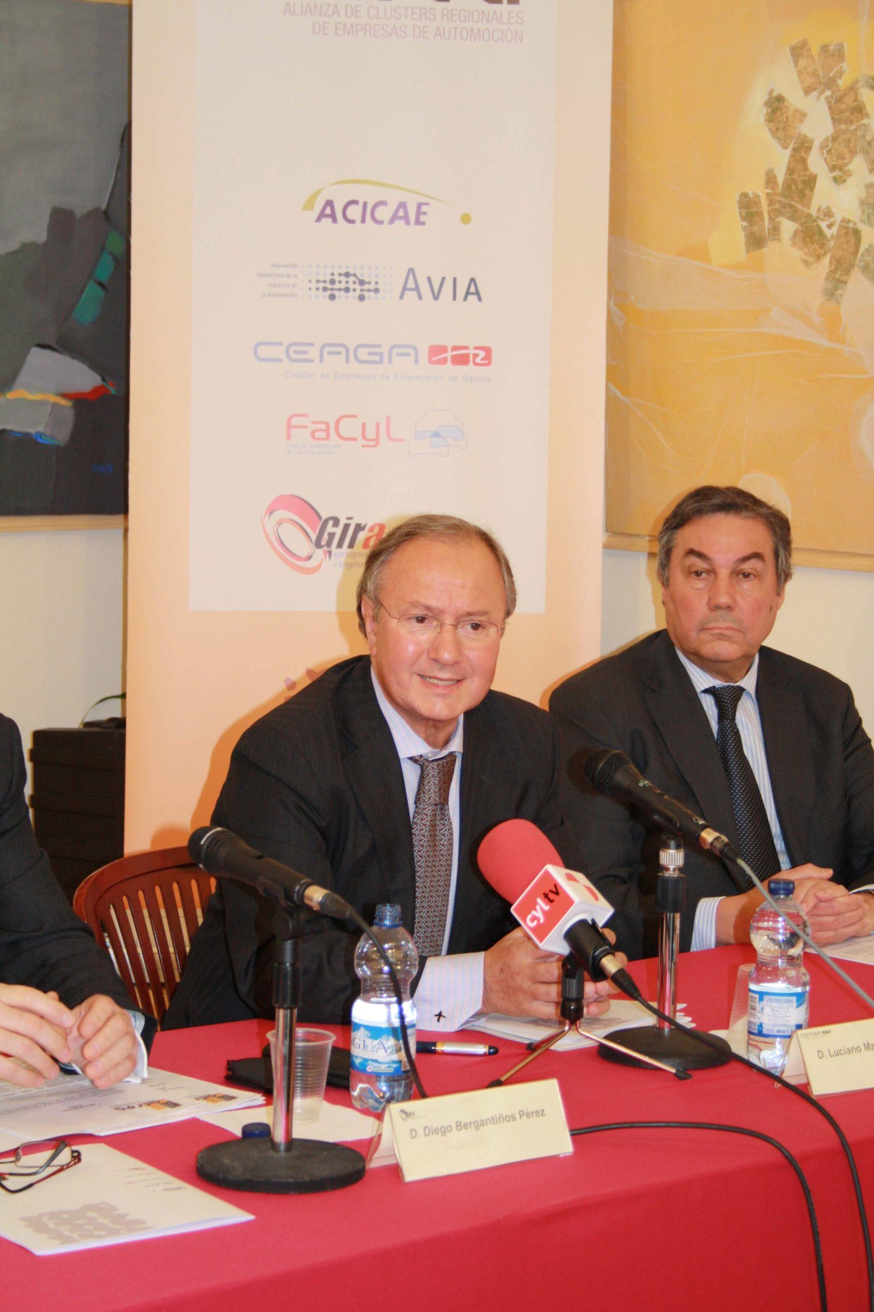 Luciano Martínez Covelo, miembro del Patronato de CEAGA, en el acto de presentación de ACREA.